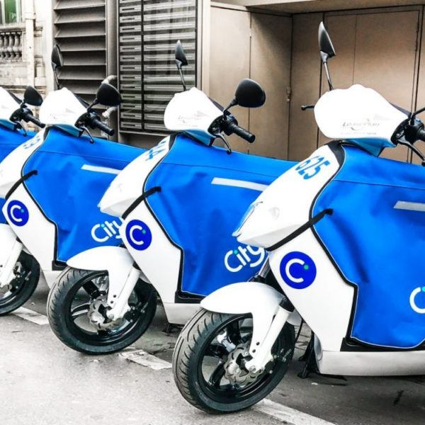 Scooter libre service Paris Cityscoot